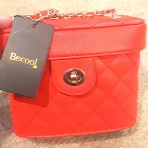 NWT Be Cool Red Bucket Purse